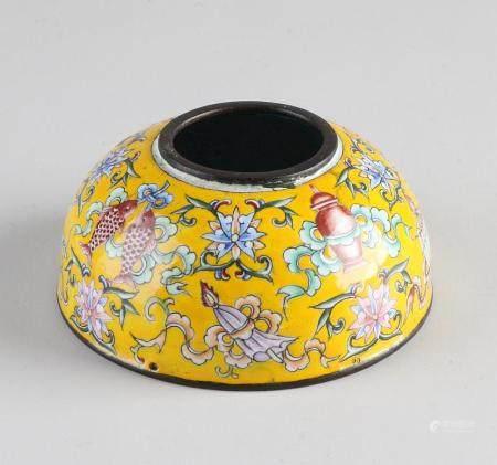 Chinese water pot Ø 8.6 cm.