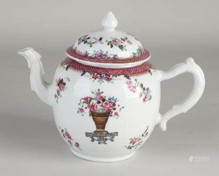 Chinese Family Rose teapot