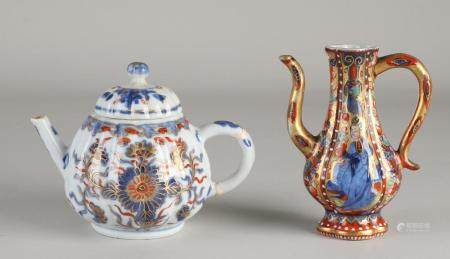 Two parts of Chinese porcelain