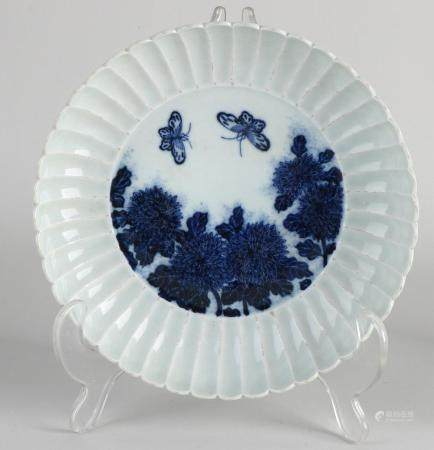 Chinese plate Ø 16.8 cm.