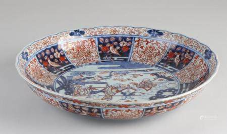 18th Century Chinese Imari dish, Ø 31 cm.