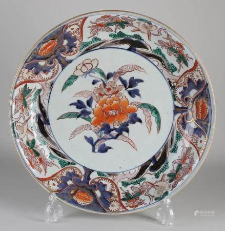 Chinese Imari dish Ø 36 cm.