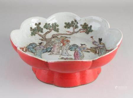 Chinese bowl Ø 29.3 cm.