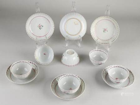 6 Chinese cups and saucers
