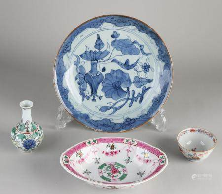 4 parts Chinese porcelain