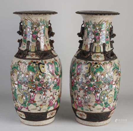 Two antique Chinese vases H 45.5