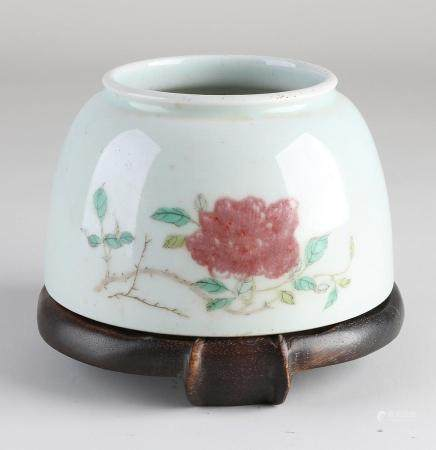 Family Rose water pot + console