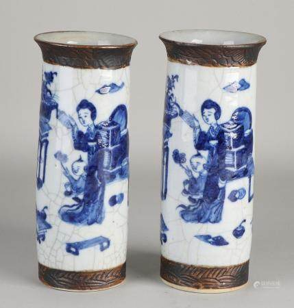 2 Chinese Cantonese vases