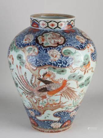 Large Japanese Imari vase H 42.5 cm.