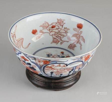 Japanese Imari bowl on pedestal