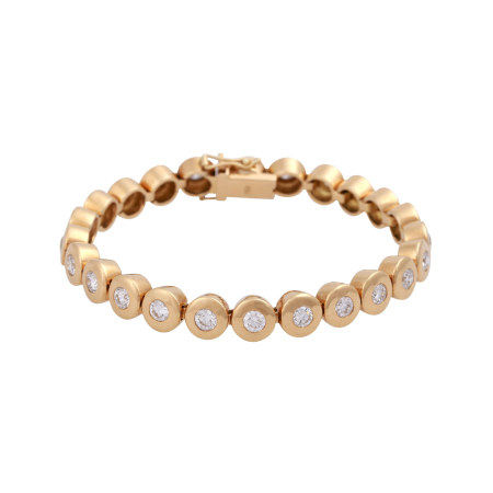 18k rose gold bracelet with brilliant-cut diamonds totaling 6.26 cts.