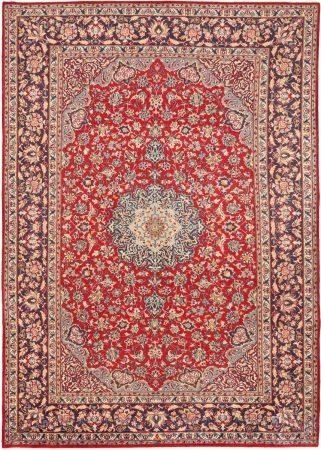 Oriental Carpet, Najafabad, Iran, Wool, 297 x 417 cm.