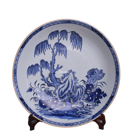 A huge blue and white Dishes