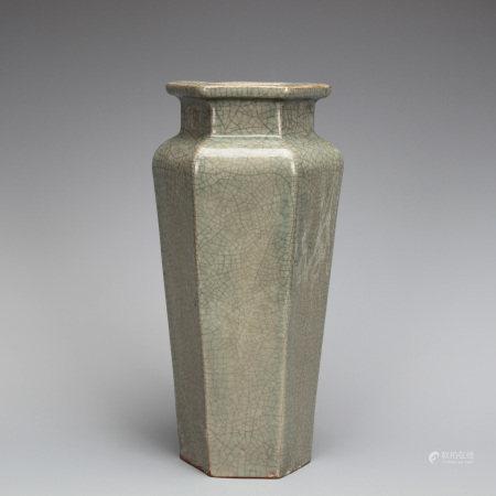 Ge-ware Hexagonal Vase
