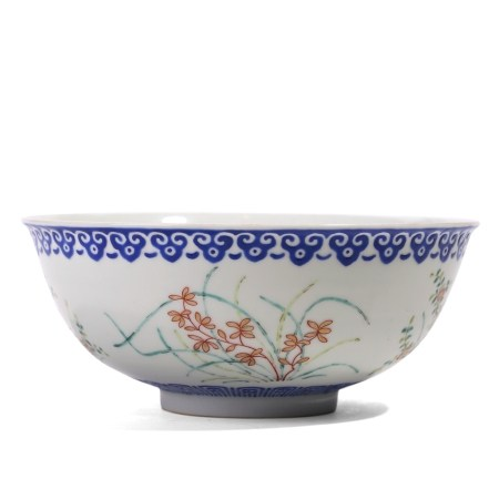 A CHINESE FAMILLE-ROSE 'FLORAL' BOWL