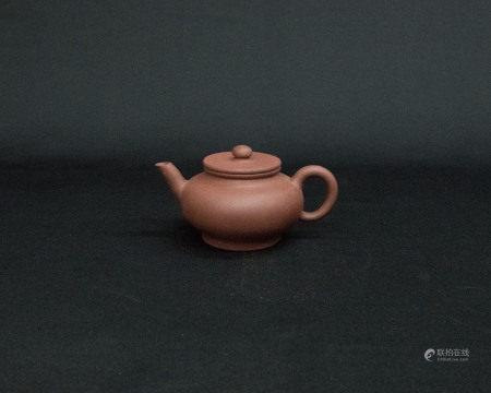清代「吳保私製」款紫砂壺