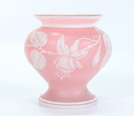 Thomas Webb Fuchsia Carved Cameo Art Glass Vase