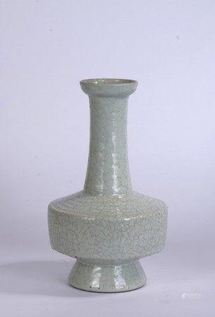 Chinese Ru-Type Crackled Vase
