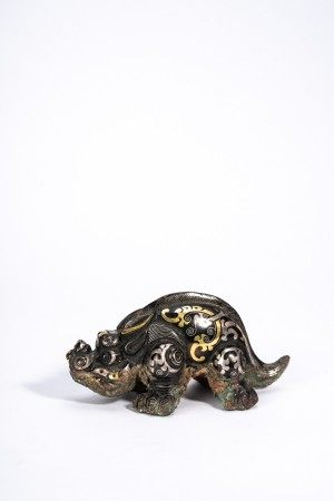 Chinese Silver and Gold Wire Beast Paper Weight