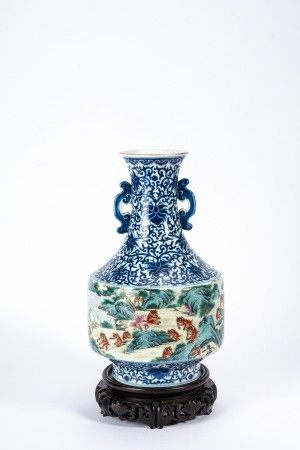 Chinese Famille Rose and Blue and White Vase