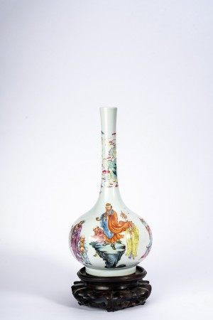 Chinese Famille Rose Buddhist Figures Vase