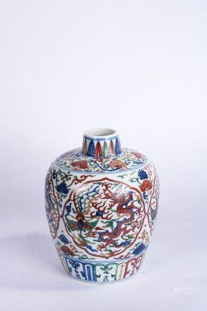 Chinese Wucai Dragon and Phoenix Jar