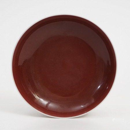 A red glaze plate, Yongzheng period, Qing Dynasty 清雍正红釉盘