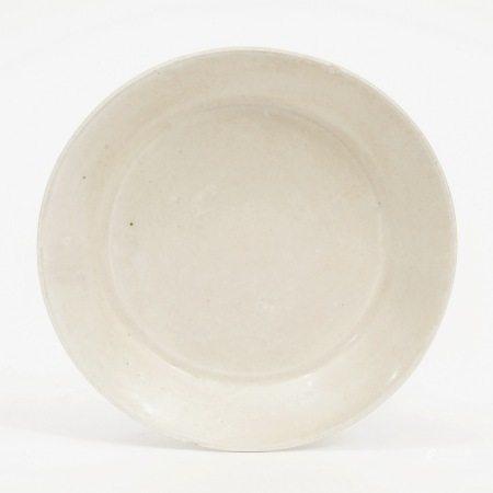 A Ding Kiln Plate, Jin Dynasty 金代定窑盘