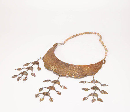 Gold necklace from Liao 遼代金制項飾