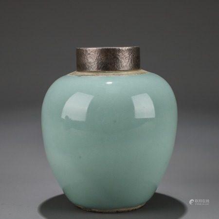 豆青釉小罐