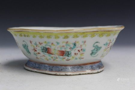 Chinese famille rose porcelain bowl, iron red mark.