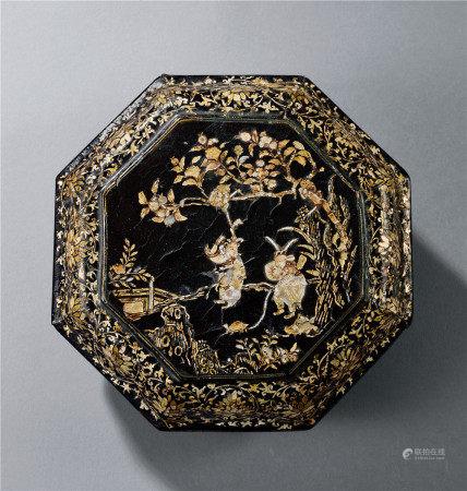 元 螺鈿八角人物紋盒