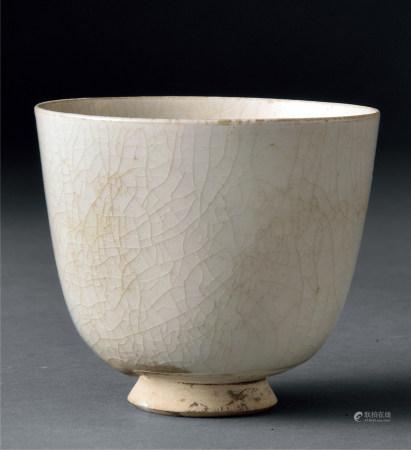 隋 白釉杯