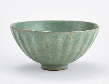 南宋 龍泉窯青磁蓮瓣碗