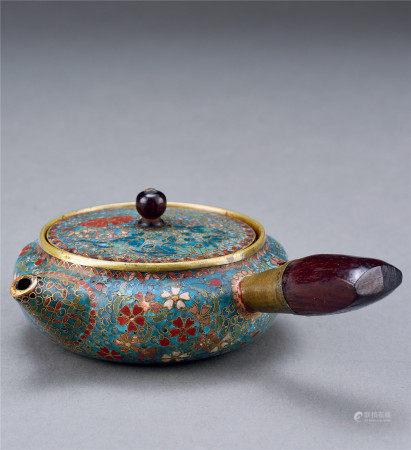 清 琺瑯彩茶壺