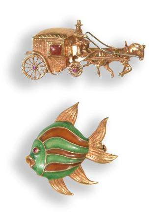 2 18K GOLD BROOCHES WITH RUBIES, INCLUDING CORLETTO