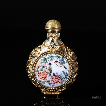 Chinese copper gilt snuff bottle
