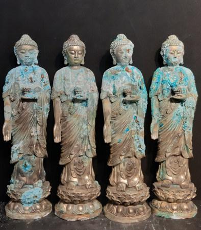 佛像共四件