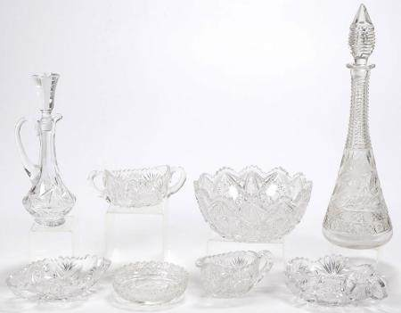 EIGHT PIECES VINTAGE CUT GLASS