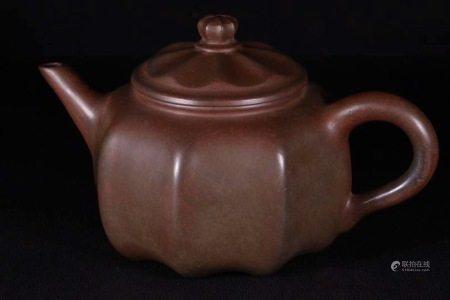 舊藏松枝柴窯瓜型茶壺