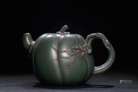 舊藏民國綠泥瓜形壺