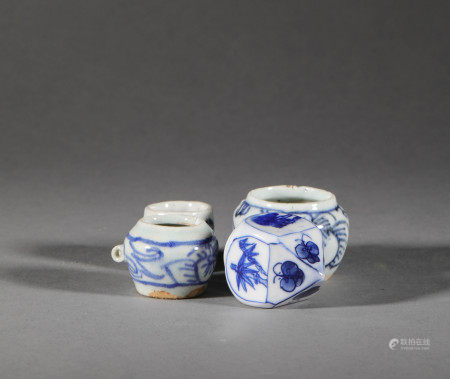 A Pot with Blue Flower from Qing Dynasty清代青花鳥食罐