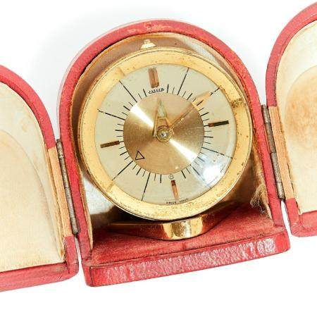 JAEGER ANNEES 1950 A travel alarm clock by Jaeger, from the 50's.