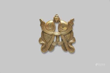 A gilt-bronze 'double fish' emblem Qing dynasty