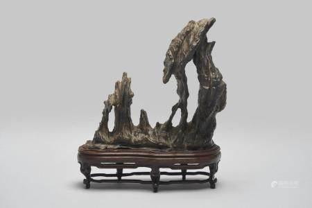 A lingbi scholar's rock