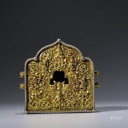 A CHINESE GILT-BRONZE BUDDISM BOX