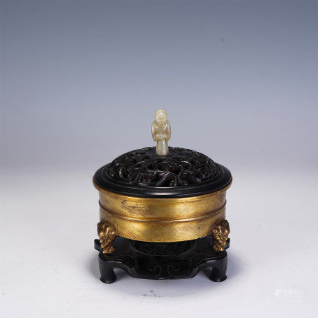 A CHINESE THREE-FOOTED BRONZE INCENSE BURNER