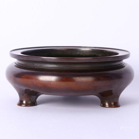清 铜三足炉