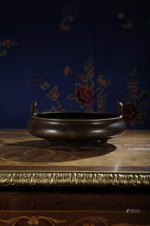 A RARE BRONZE CENSER. EARLY QING DYNASTY.