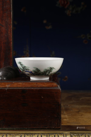 A VERY RARE PORCELAIN 'FIGRUAL'CUP. YONGZHENG PERIOD, QING DYNASTY.